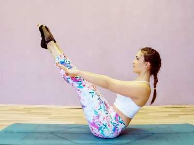 睡觉前运动减肥 女生们每天睡前必做的瘦身运动