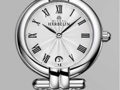 女性带什么手表好 女人带什么手表有气质